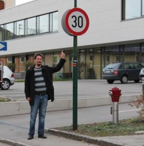Tempo 30 vor der Schule in Krenglbach