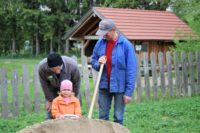 Sandkistenfüllaktion ÖVP Krenglbach 2019